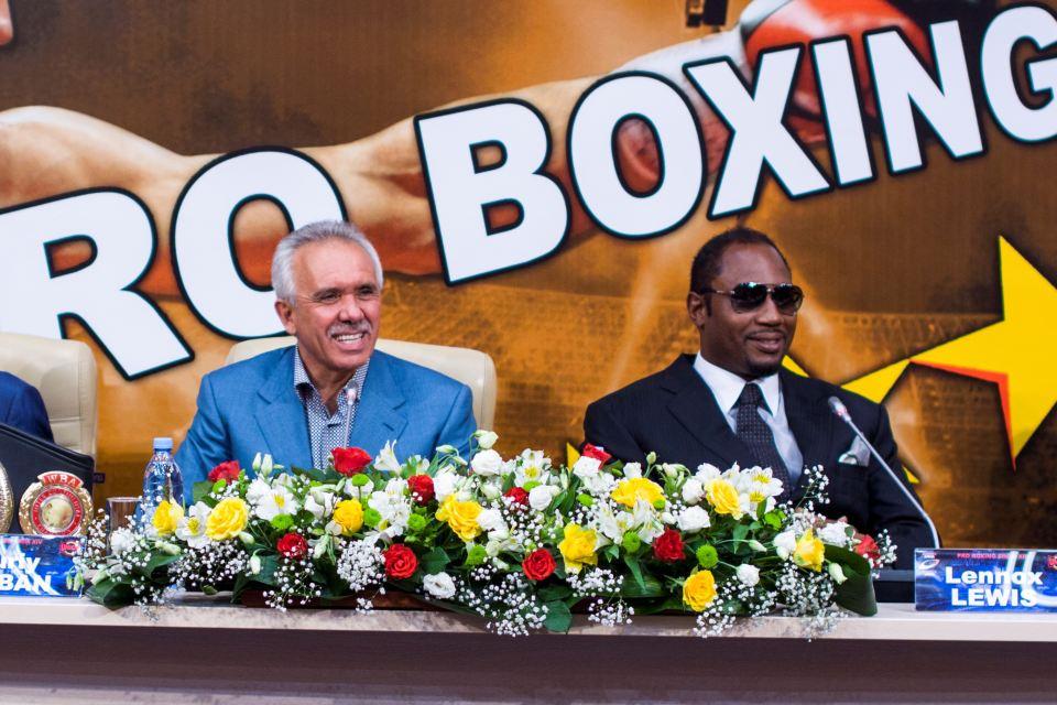 Юрий Рубан Леннокс Льюис на пресс-конференции Union Boxing Promotion